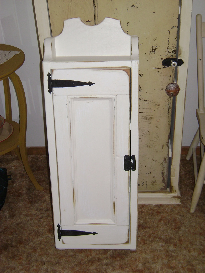 31P - Wall Cabinet
