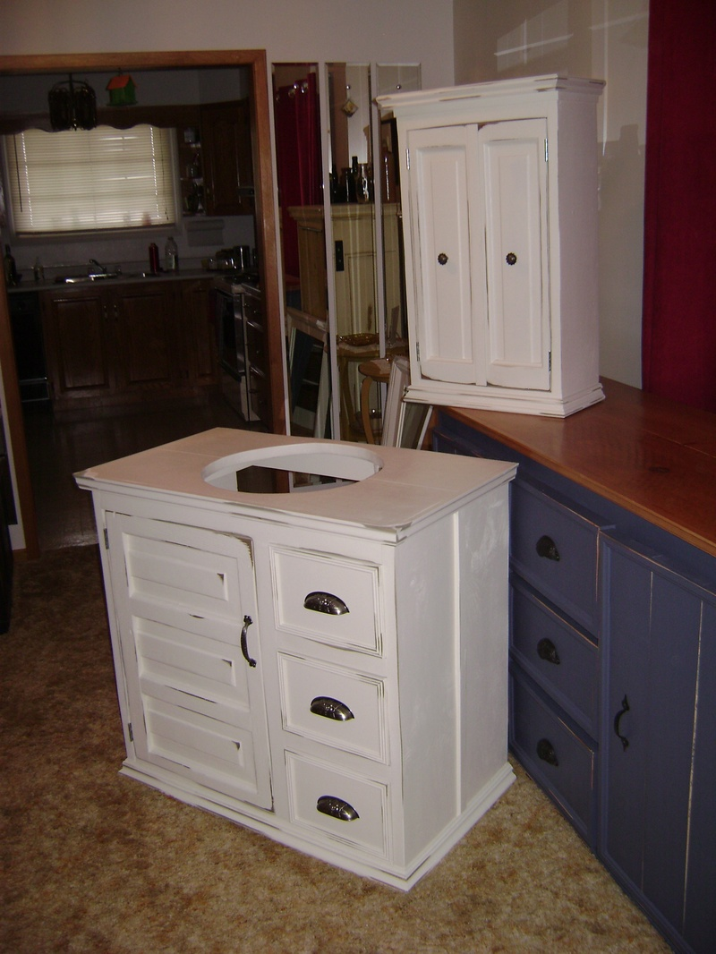 39P - Bathroom Vanity and Wall Cabinet