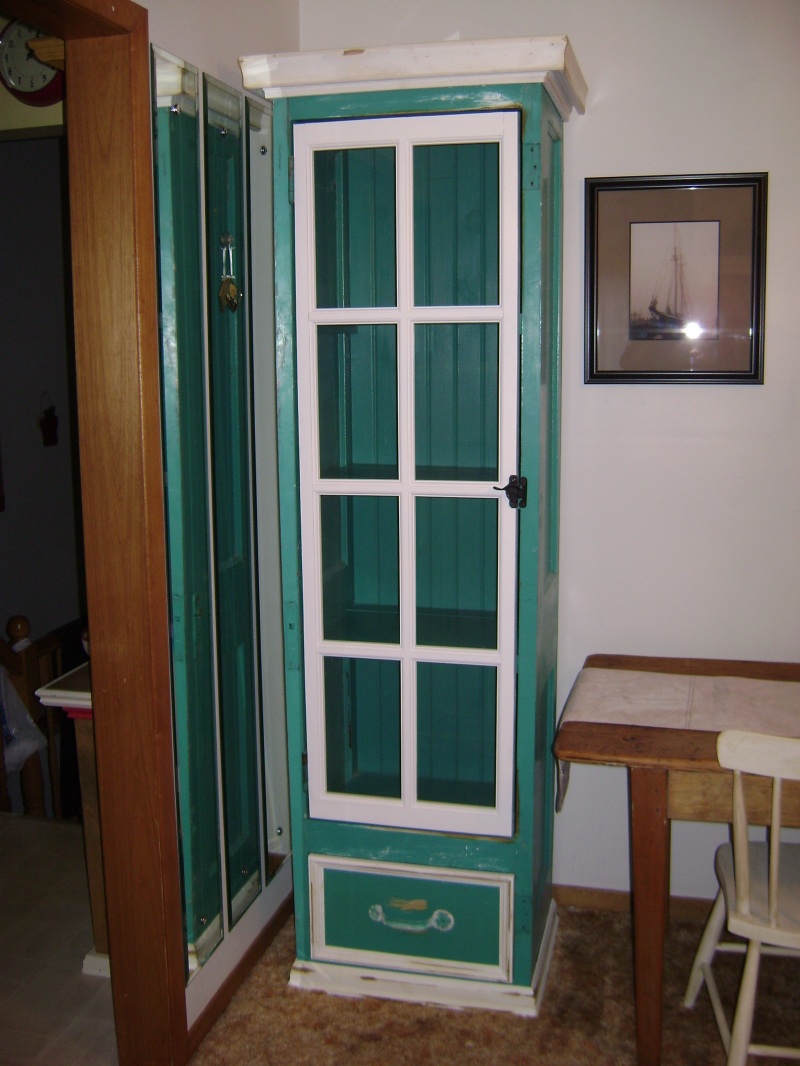 8P-Tall Window Pane Cabinet