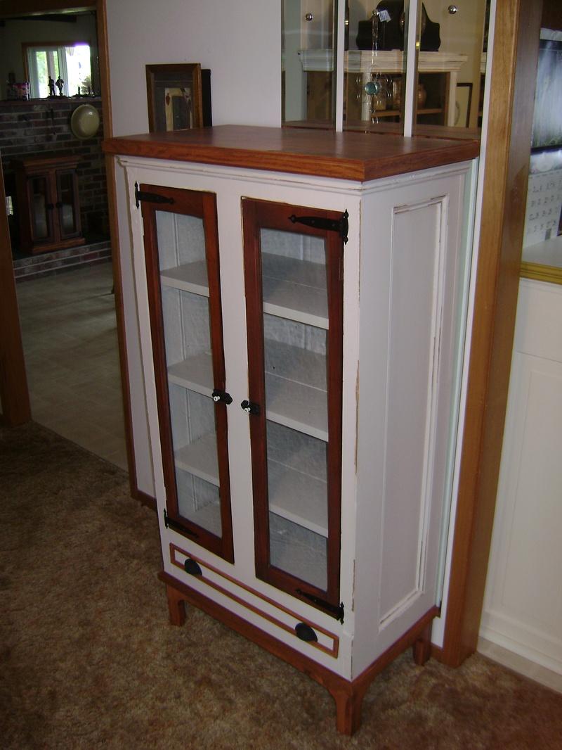 16P-Armoir With Glass Doors