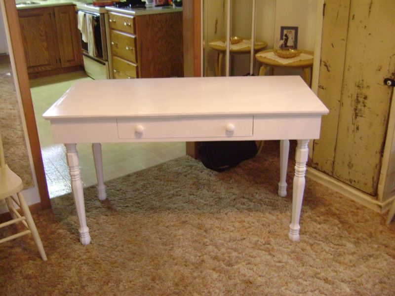 23P-Hall Table